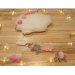décoration murale chambre fille nuage éléphant rose et blanc fait main