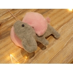 suspension chambre enfant éléphant rose et blanc