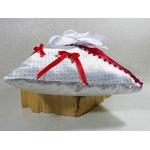 Coussin dalliance satin rouge blanc argent gris fleurs plumes perles