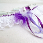 Jarretière de mariée dentelle et plumes