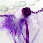 Jarretière mariée fait main dentelle et plumes