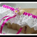 jarretière mariée dentelle coquillage blanc fuchsia