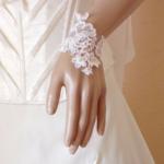 bracelet mariée dentelle de Calais fait main