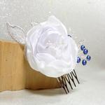 Peigne cheveux mariage fleur blanc bleu dentelle
