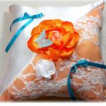 coussin pour alliances mariage personnalisé satin dentelle papillon fait main
