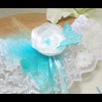 accessoire mariée dentelle turquoise plumes personnalisée
