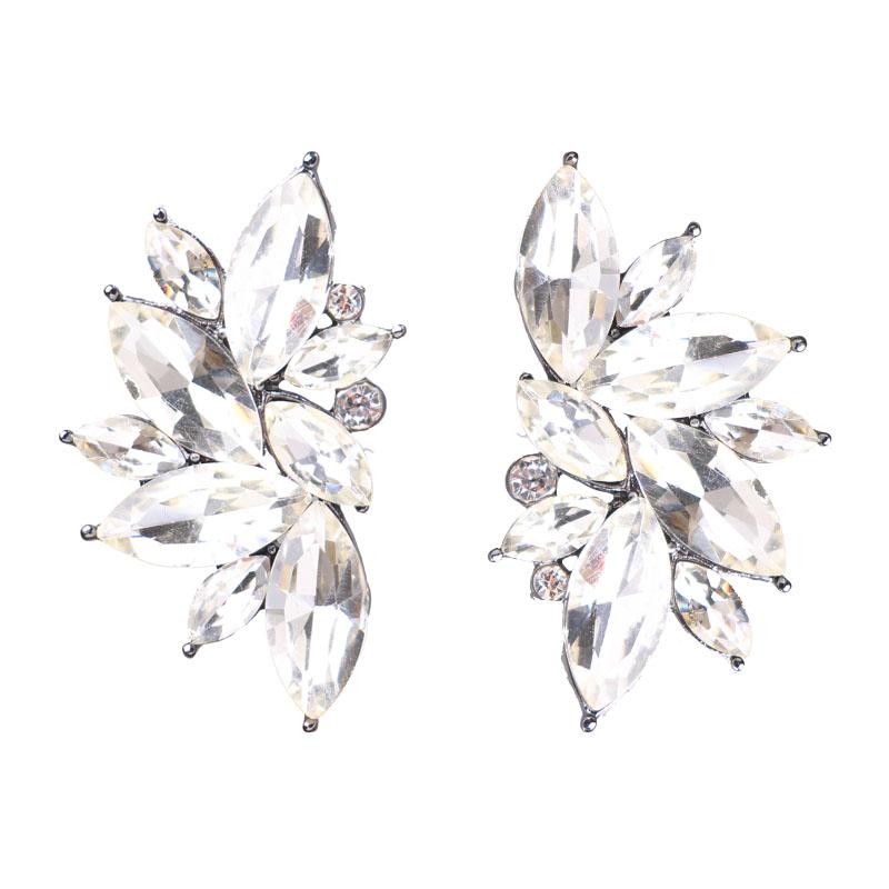 Boucles d'oreilles clous effet pierres de Crystal blanches
