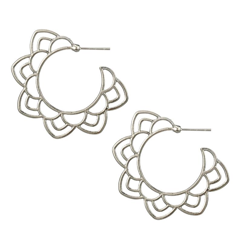 Boucles d\'oreilles créoles florales