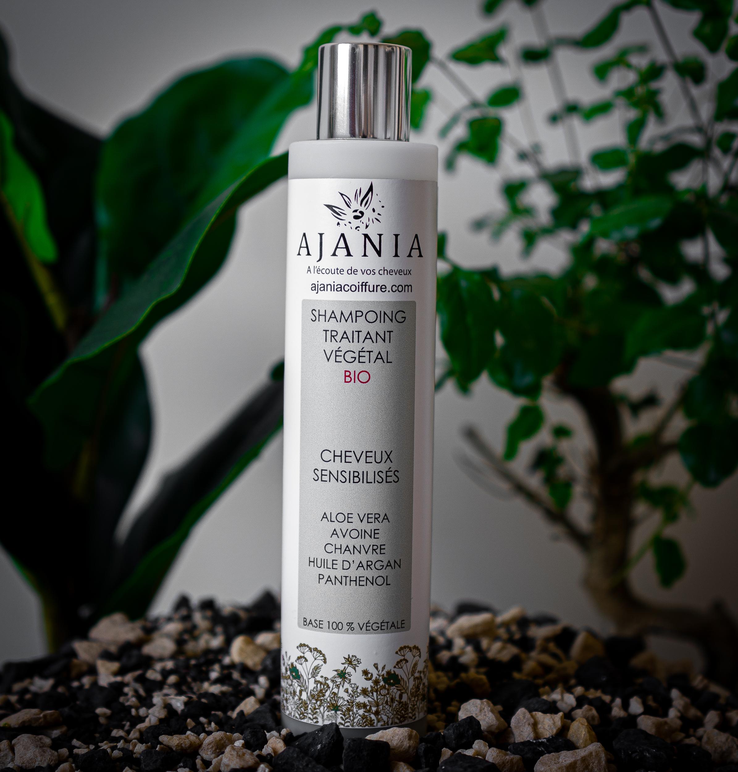 Ajania shampooing traitant végétal bio - 250 ml - Brillance et force, riche en chanvre