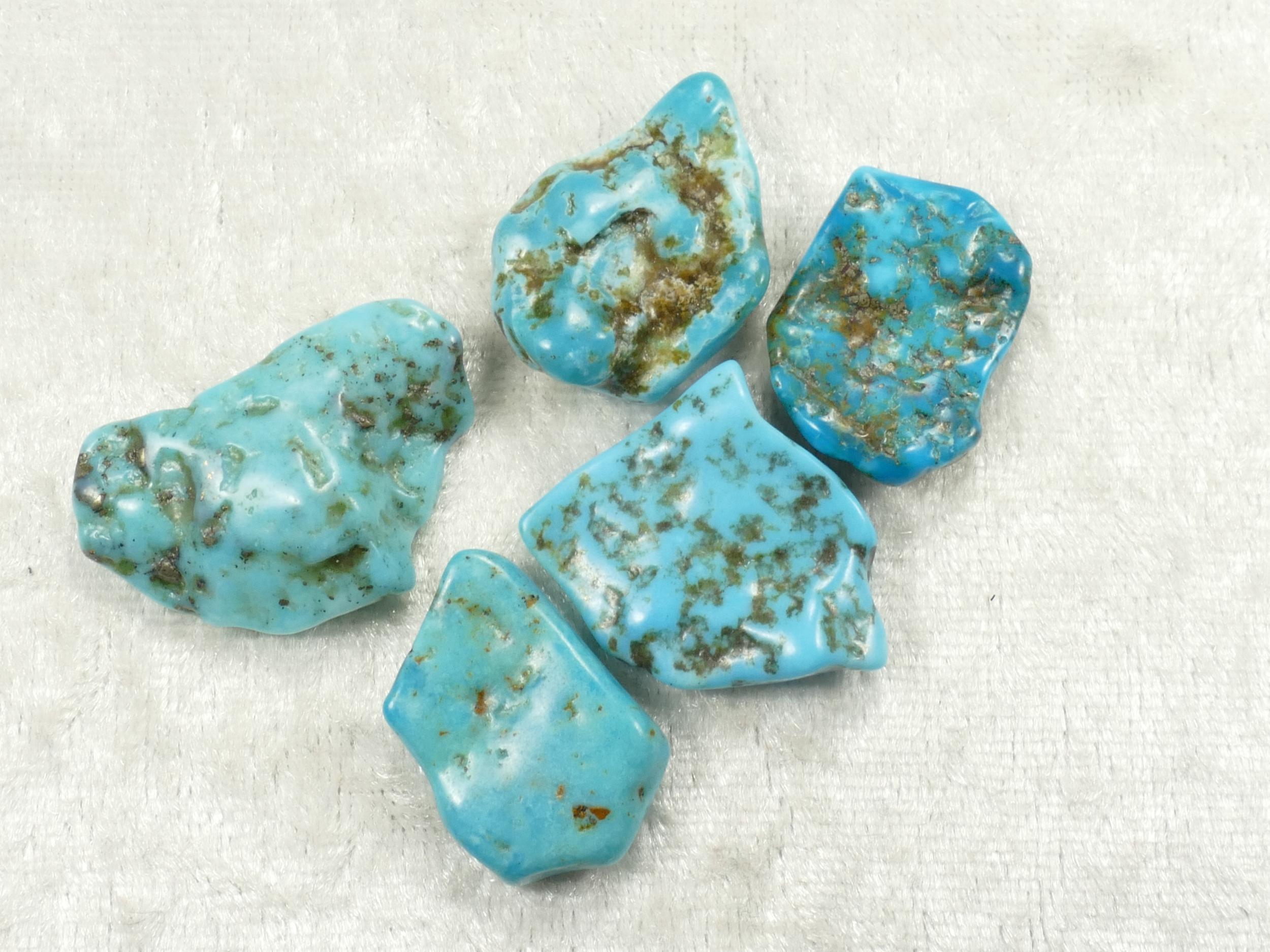 5 Turquoise naturelle morceau roulé de Mongolie 13.5g lot pépite pour pendentif percage gravure (#PK623)