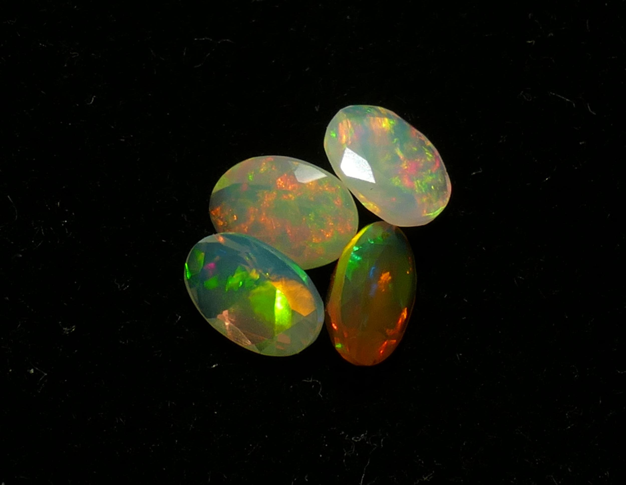 6x4mm Lot 4 Opales d\'Ethiopie facettée ovale 1.95ct (#PB180)