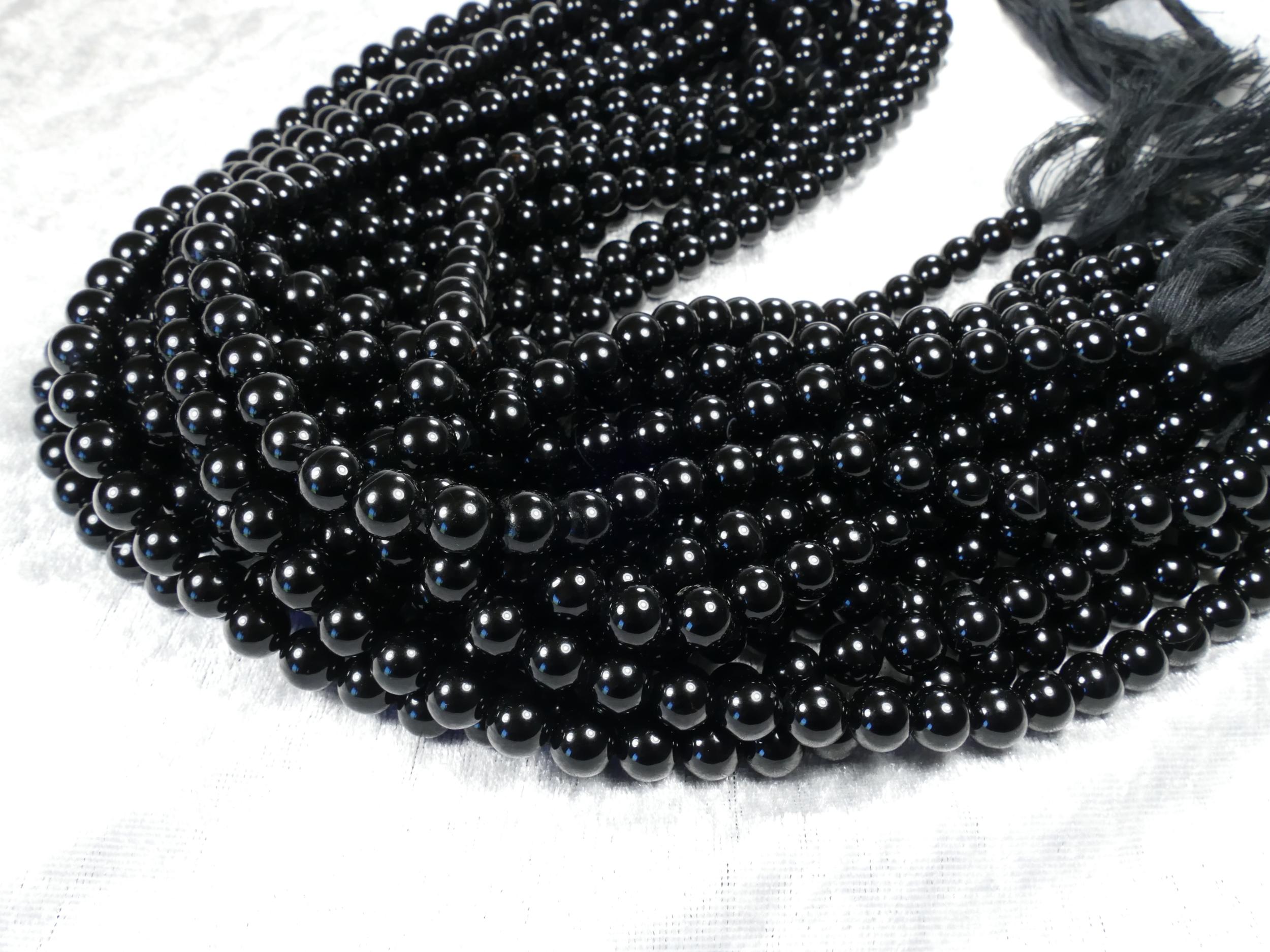 8.2mm Fil de perles d\'Onyx (Agate) naturel boule / ronde lisse noir 38cm (15inch) (#AC1044)