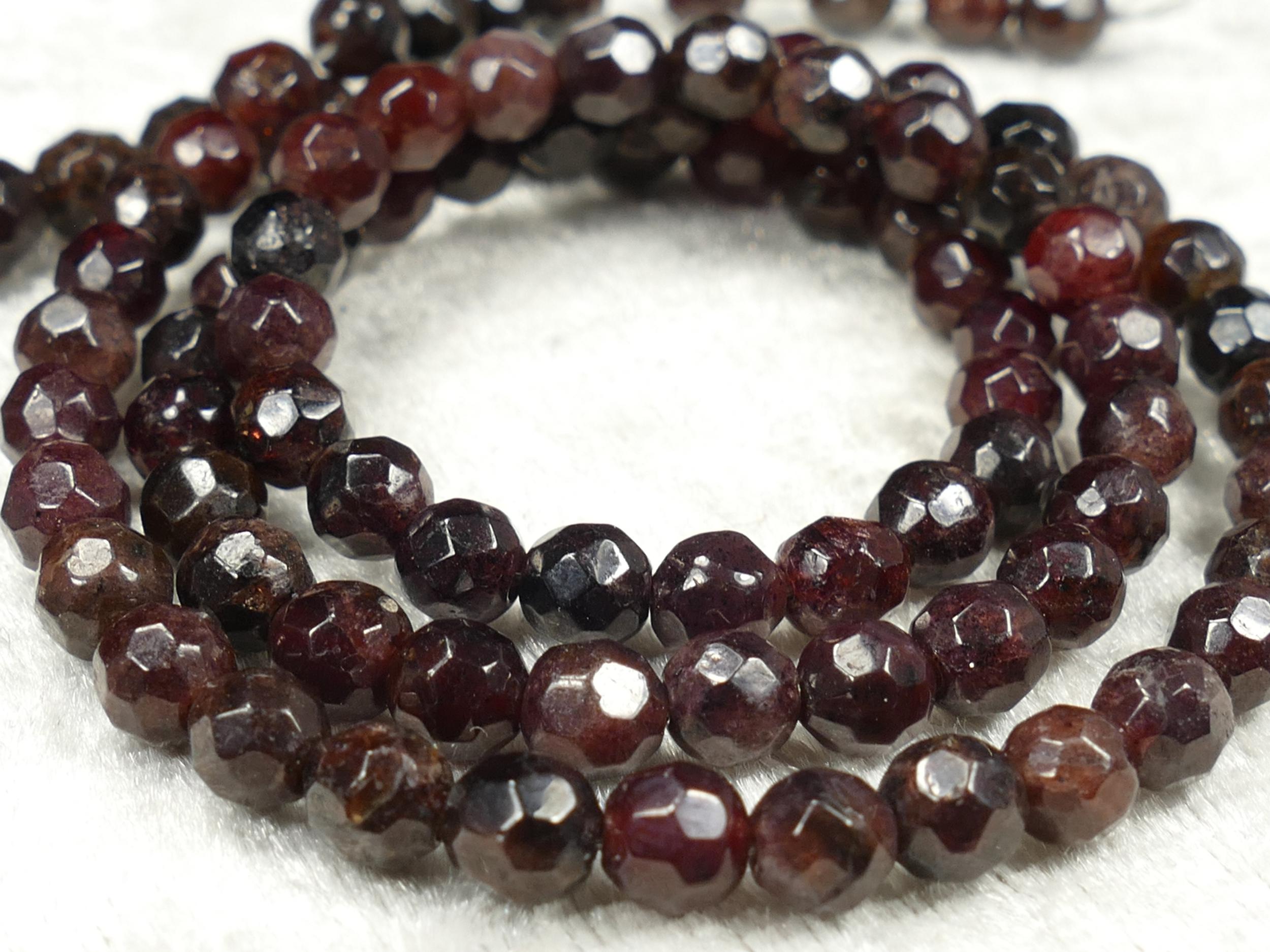 4.7/5.1mm x25 Perles de Grenat rouge foncé naturel boule facettée (#AC641)