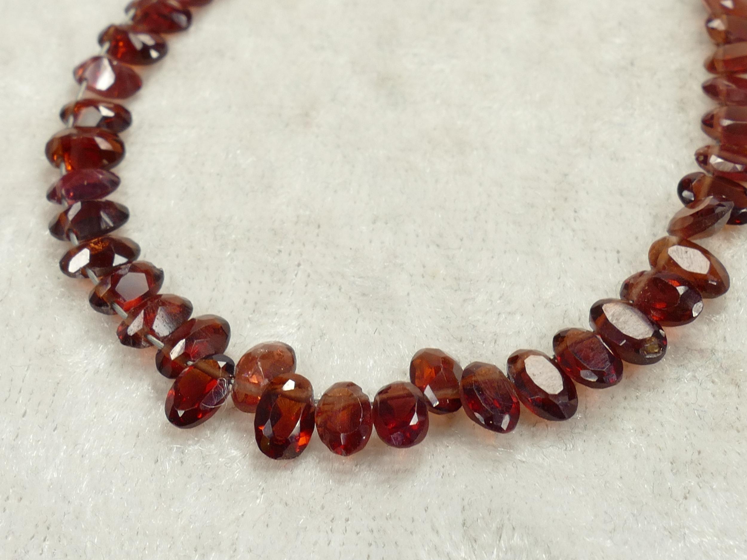 5x3mm x20 Perles de Grenat rouge orangé naturel facettée en ovale d\'Inde (#AC591)