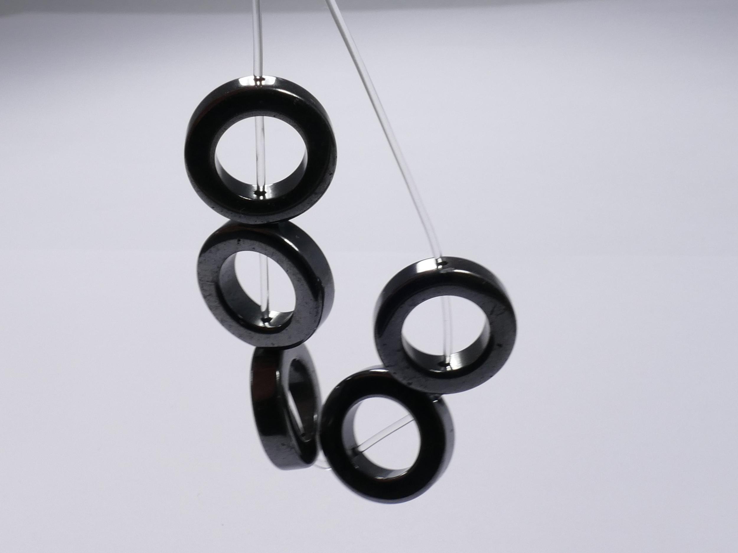 16mm x7 Perles d\'Hématite en anneau polie (#AC108)