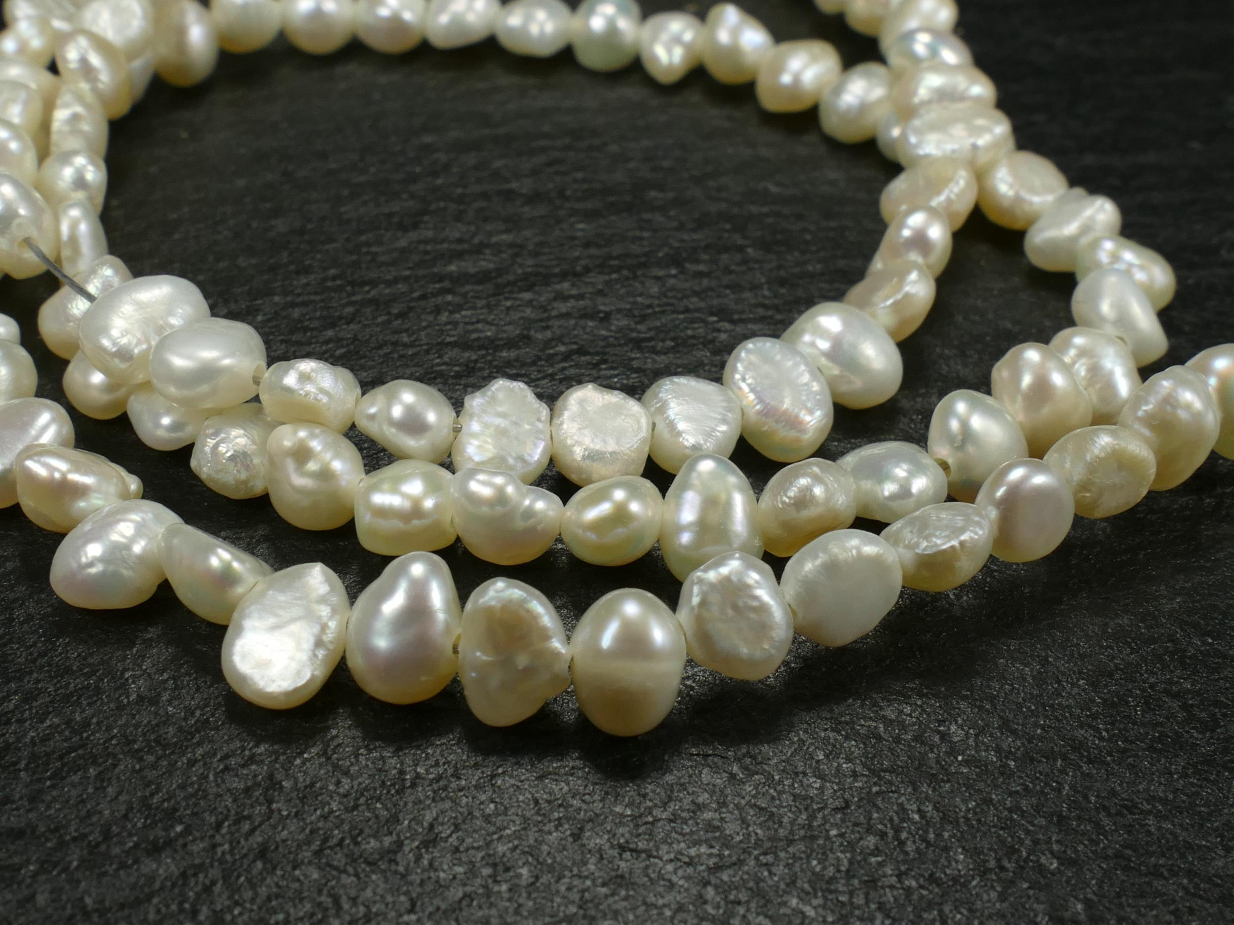 4/6mm Perle de culture blanche naturelle d\'eau douce en patate bouton x20cm (7.8inch) (#AC131)