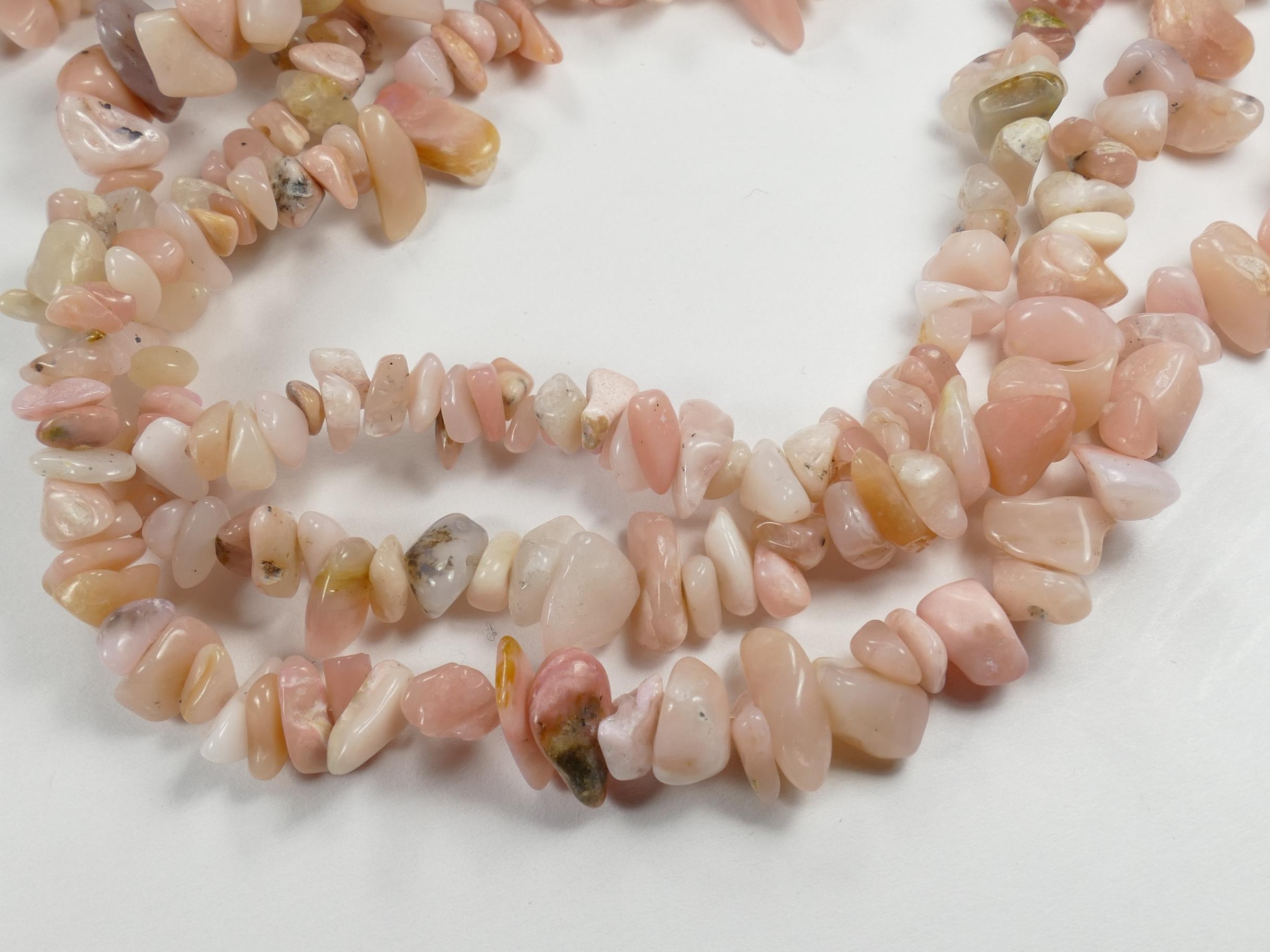 Perles d\'Opale rose naturelle roulée chips du Pérou x87cm (34.2inch) (#AC789)