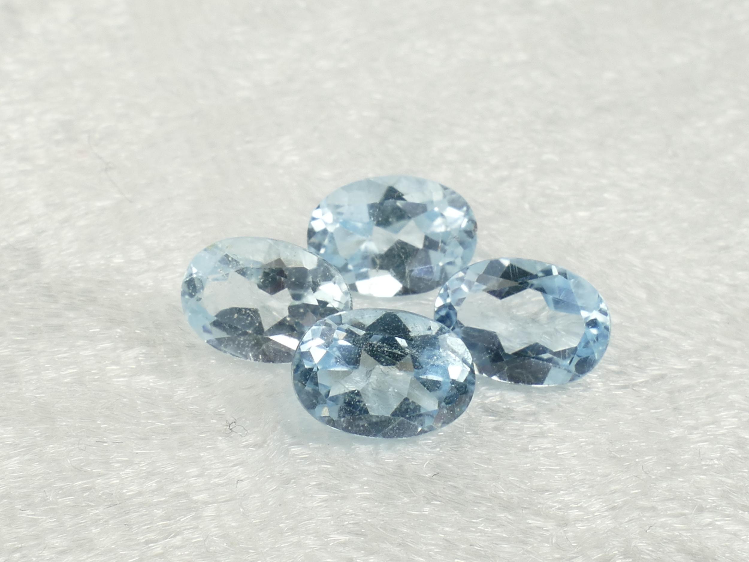 6.9x4.8mm 4 Topazes bleues entièrement naturel ovale 3.47ct Brésil (#PB848)