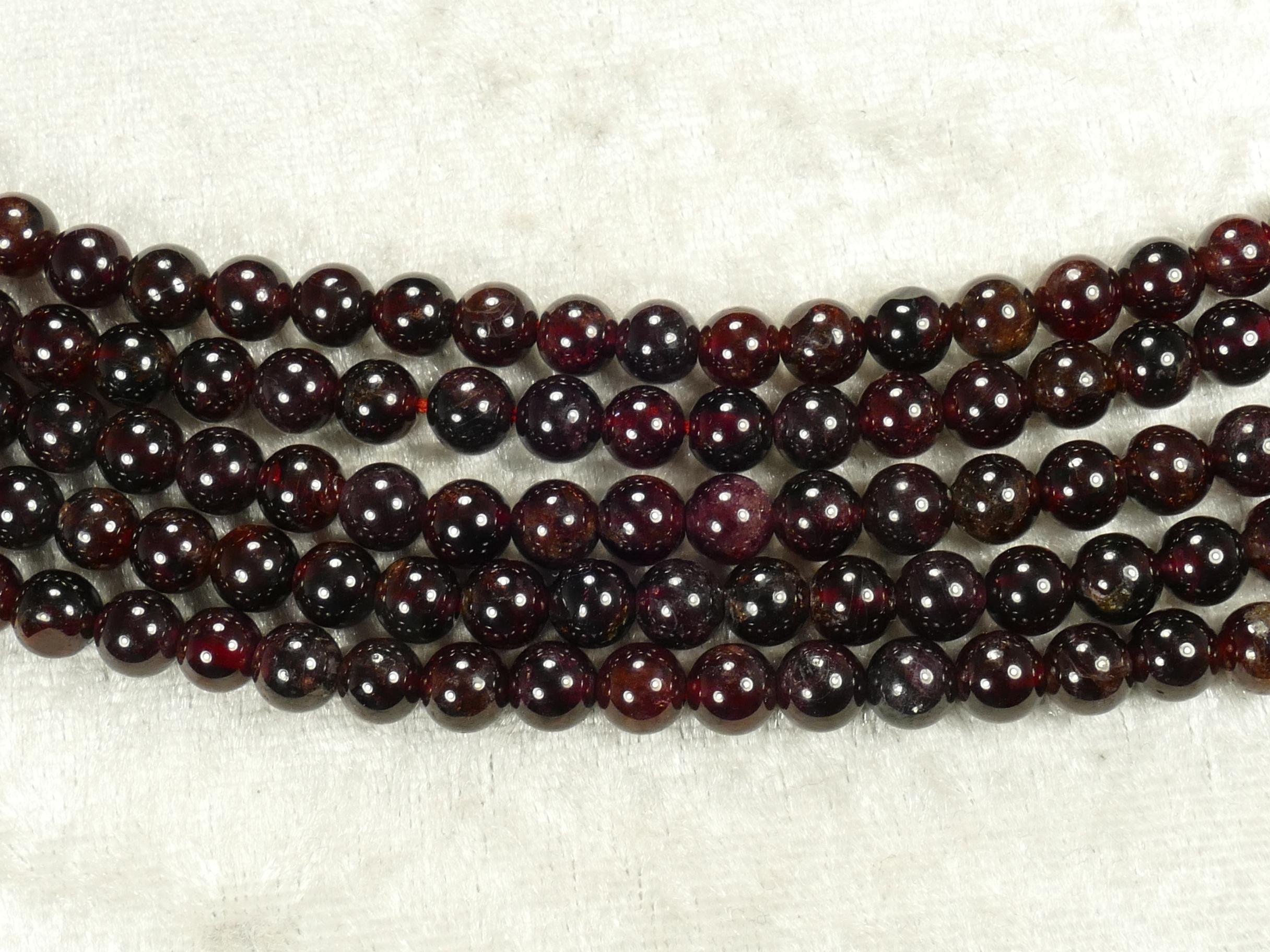 6.1mm Fil de perles de grenat rouge naturel en boule lisse x34cm (13.4inch) (#AC831)