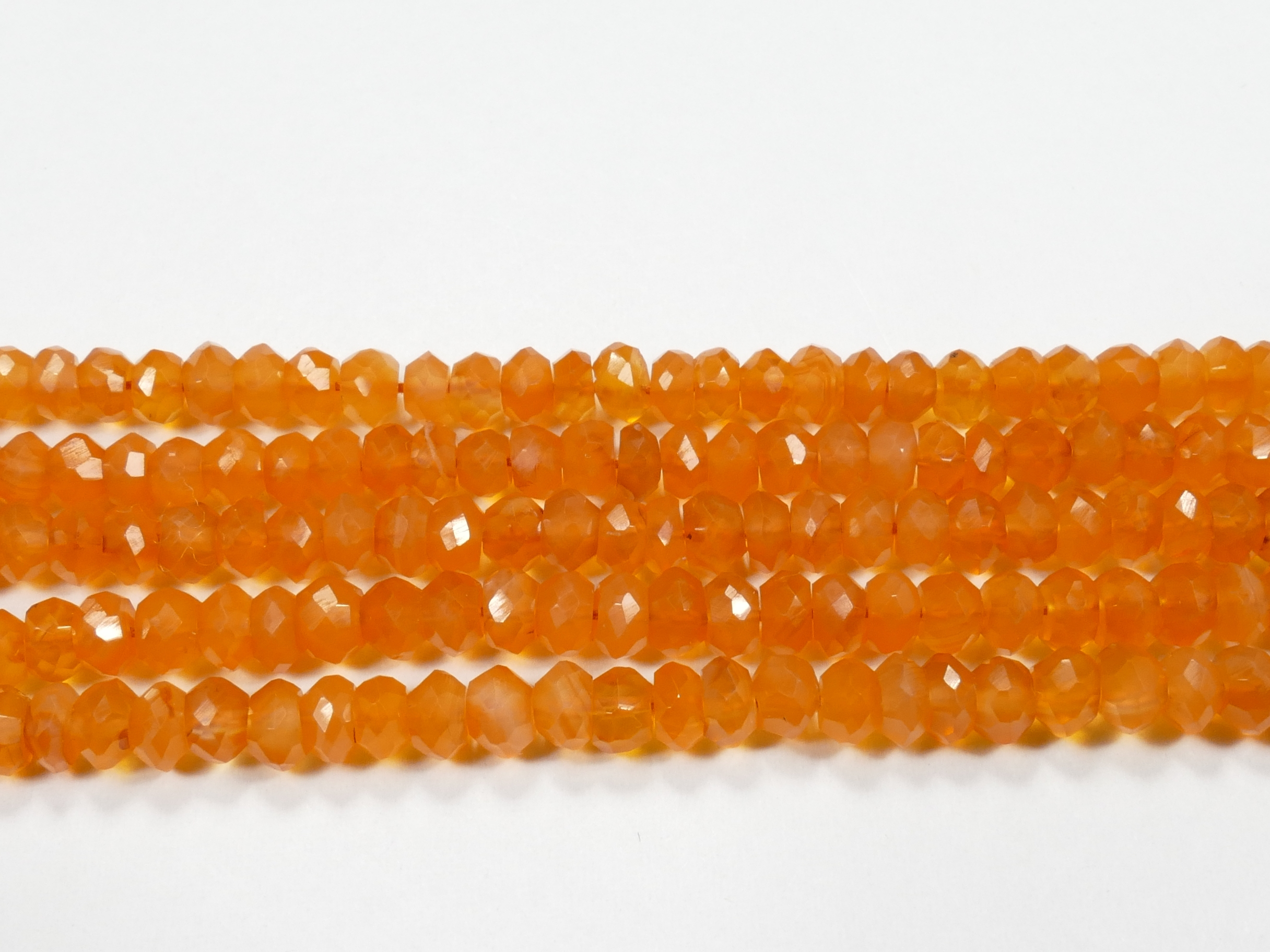 4/4.5mm Perle de Cornaline (Agate) naturelle rondelle facettée d\'Inde x17cm (6.7inch) (#AC888)