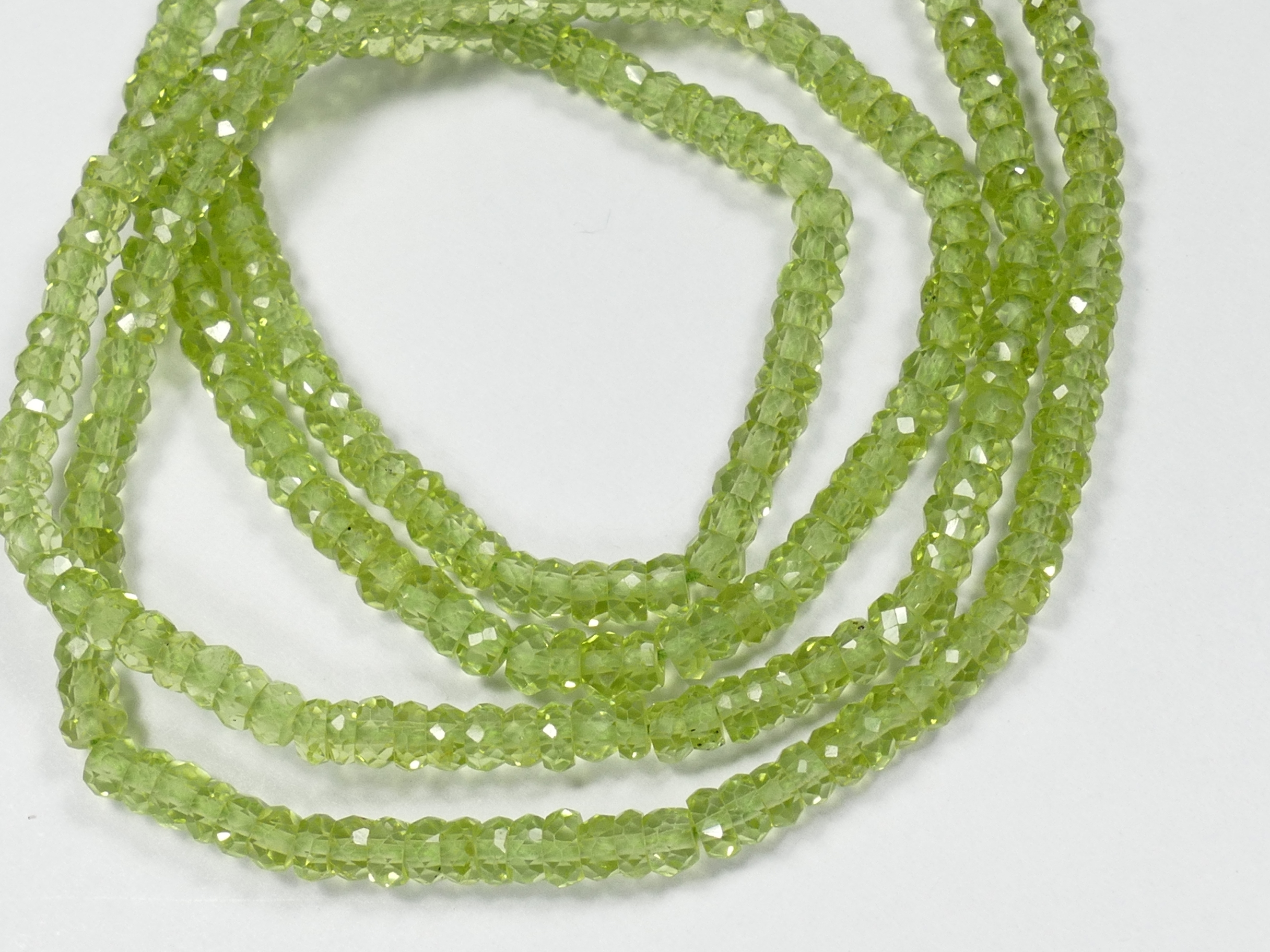 3mm AAA/AAA+ Perles de Péridot naturel en rondelle facettée Olivine x10cm (3.9inch) (#AC908)