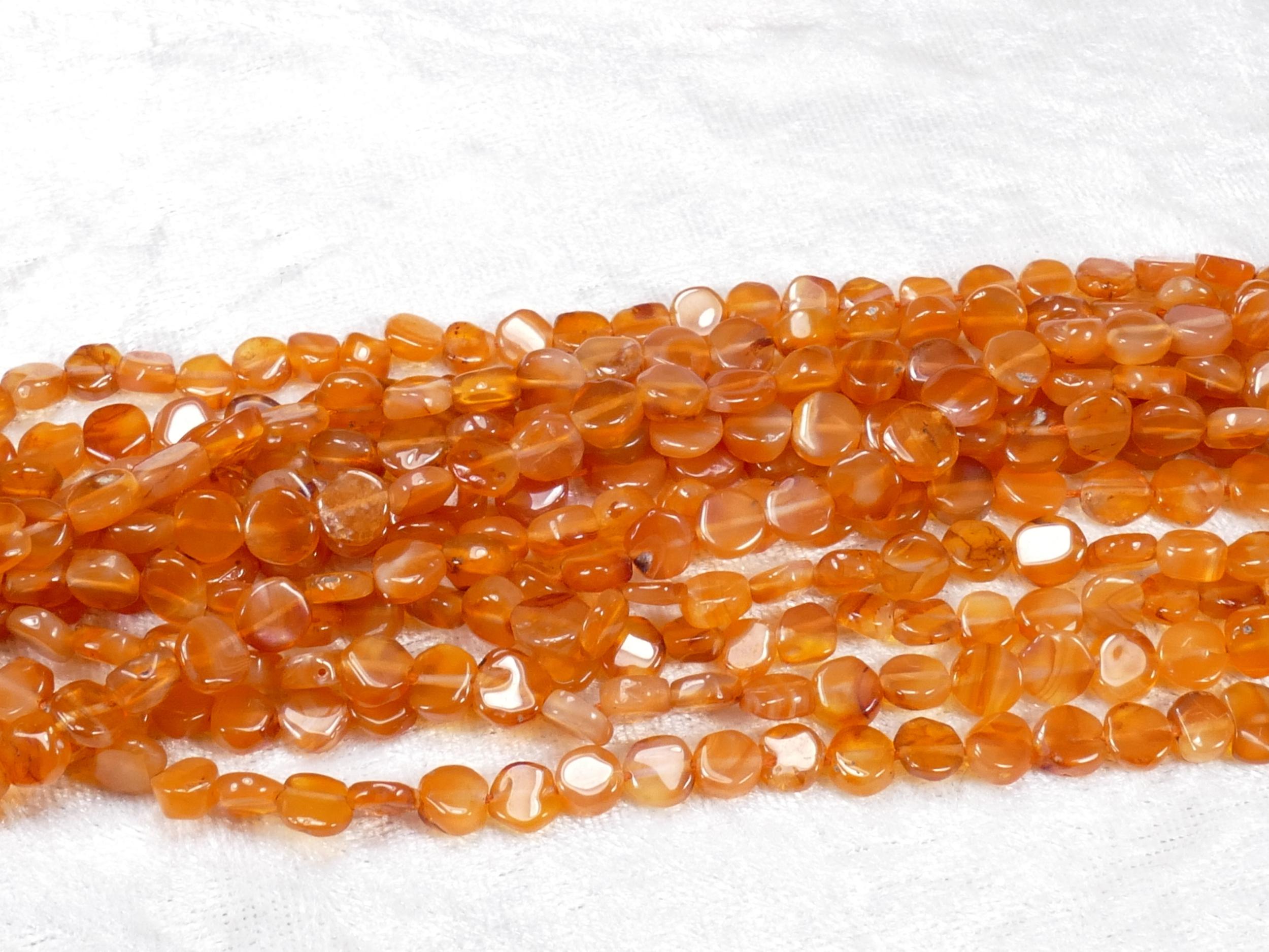 6mm Fil de perle de Cornaline (Agate) naturelle orange foncé en palet rond irrégulier x35cm (13.7inch) (#AC824)