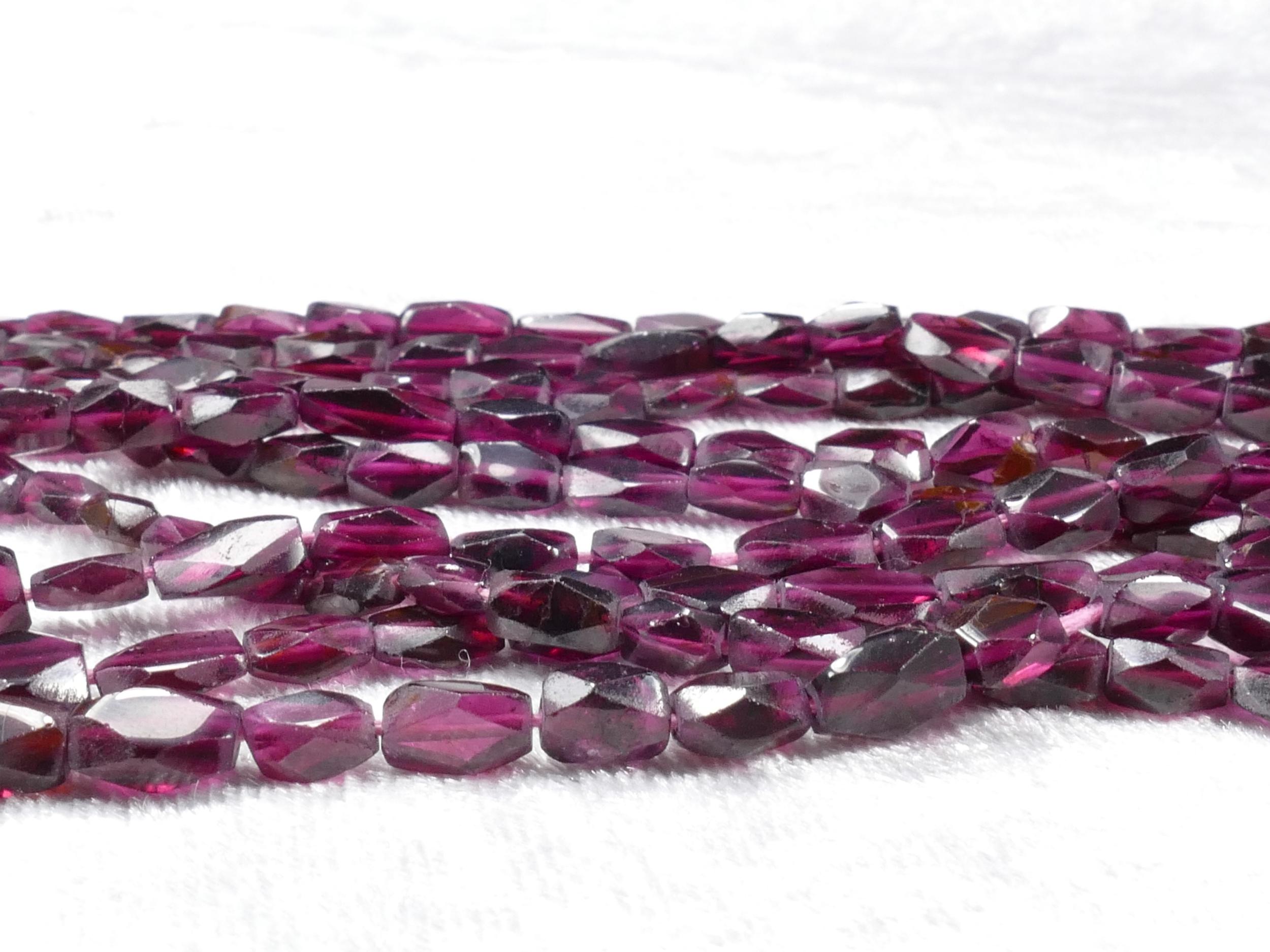 Perles de Grenat rouge violet naturel rectangle facettée 36cm (14.1inch) (#AC839)