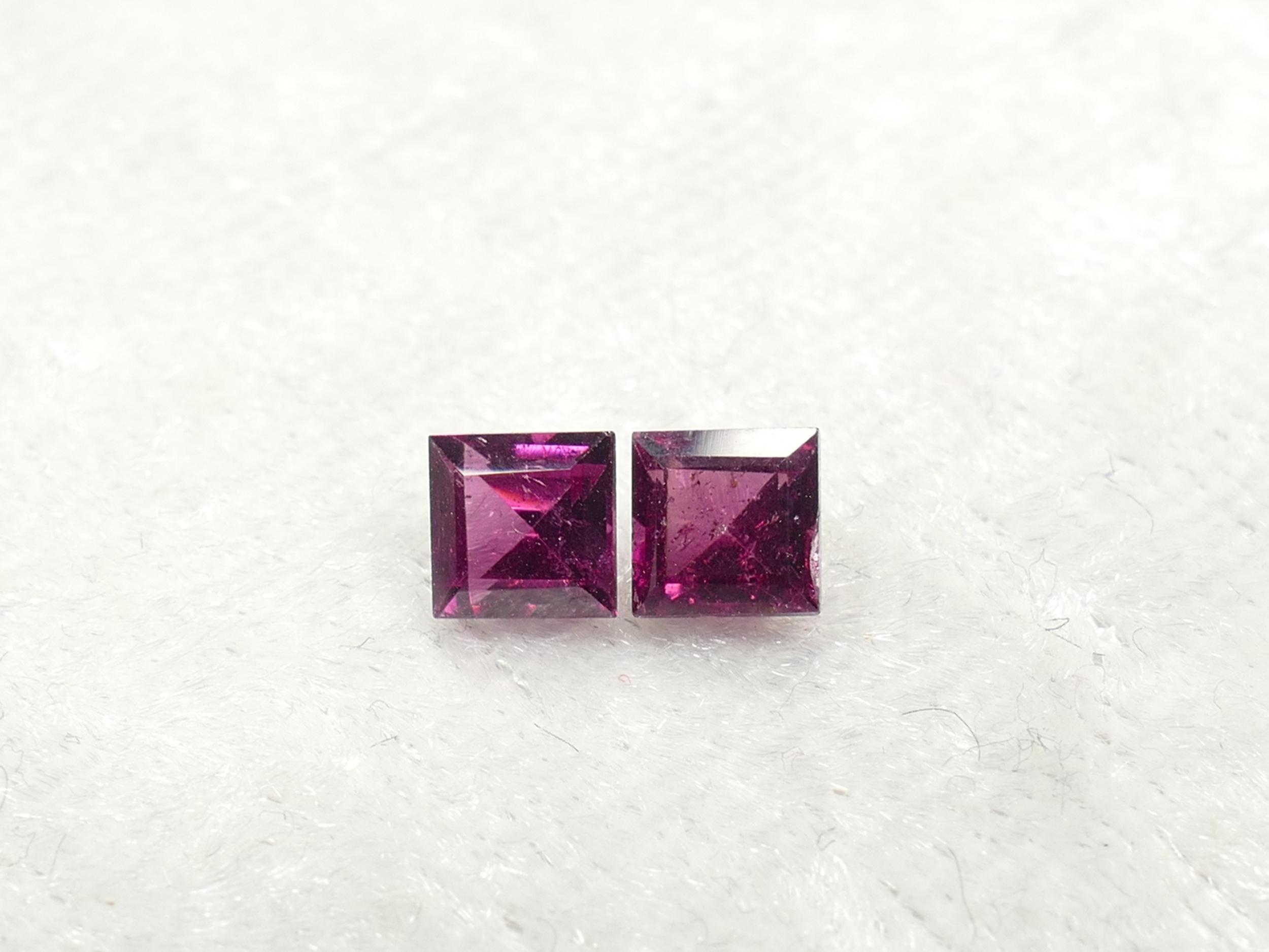 4.1mm Lot de 2 Grenat rouge violet Rhodolite naturel du Brésil 1ct facettée carré paire (#PF302)