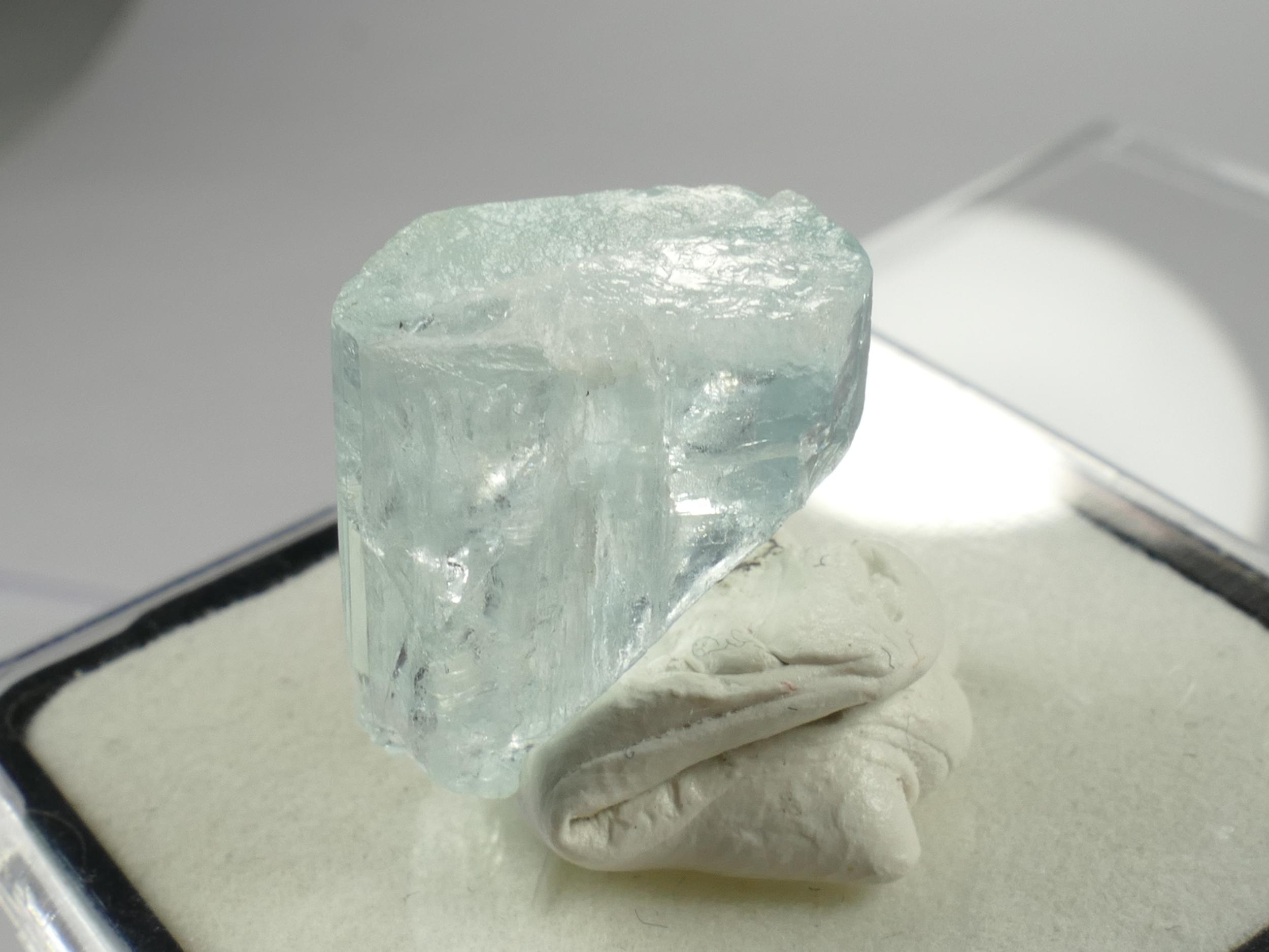 16.5mm Spécimen d\'Aigue-marine bute naturelle du Pakistan 3.94g cristal hexagonale terminé (#PB471)