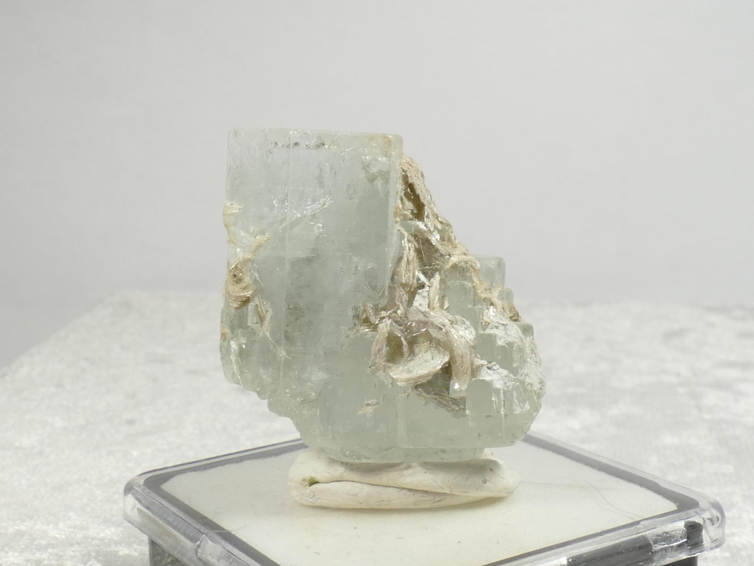 28.5mm Spécimen d\'Aigue-marine bute naturelle du Pakistan 18.85g cristal forme naturelle hexagonale (#PB924)