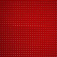 Vinyle laqué perforé rouge 20 x 45 cm