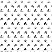 Tissu Military skulls - pirates fond blanc 20 x 110 cm