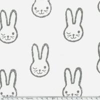 Tissu Molleton envers minkee lapins gris fond blanc cassé  20 x 150 cm