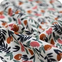 Viscose Jungle de fleurs coloris Blush 20 x 138 cm