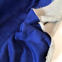 Suédine doublée fausse fourrure coloris bleu dur 20 x 140 cm