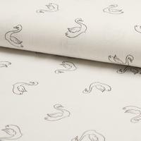 Tissu cygnes fond blanc cassé 20 x 130 cm