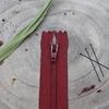 Zip amarante 20 cm visible