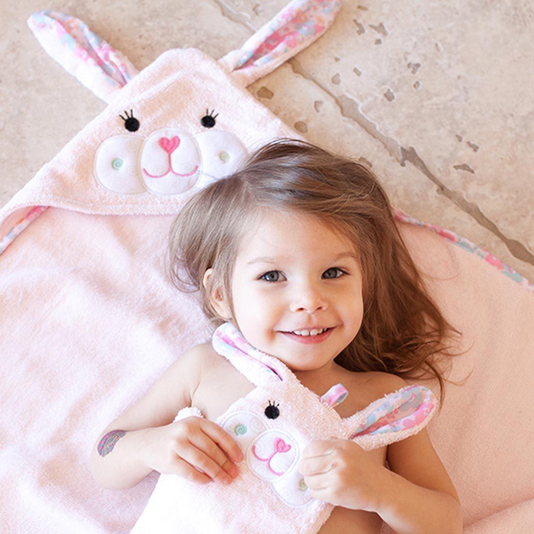 Serviette de bain bébé Béatrice le lapin