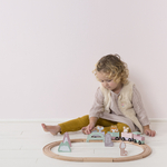 4422 - wooden train track - pink 1