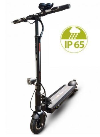 la trottinette électrique Speedtrott GX14 peut rouler sous la pluie grâce à sa norme IP65