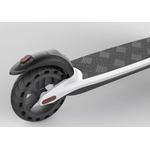 pneu arrière et feu stop de la trottinette électrique Joyor A3