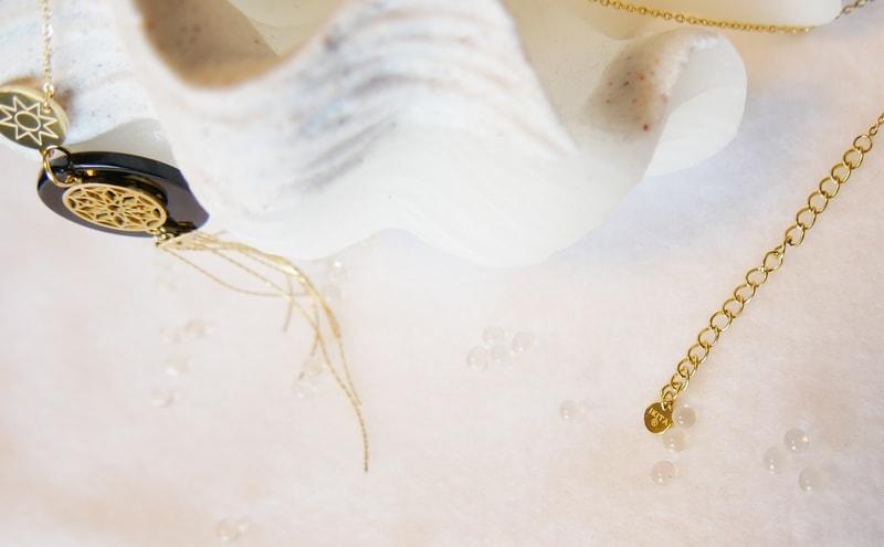 Collier bohème chic - collier créateur -- ÉTOILE ATTRAPE-RÊVE - Design - Acier Inoxydable Or - 75 + 5 cm - Ikita Paris
