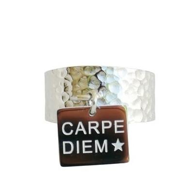 Bague large martelée avec pampille - CARPE DIEM - Acier Inoxydable - Finition Argent - Bague gravée - Ajustable - Ikita Paris