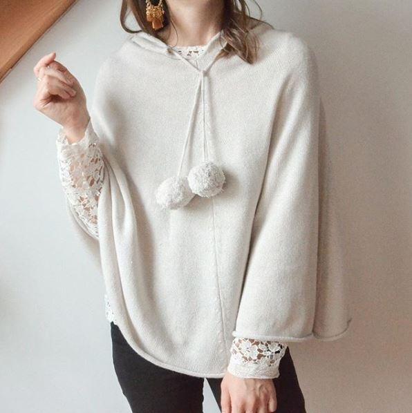 Poncho Femme à Capuche - Blanc Pailleté Or