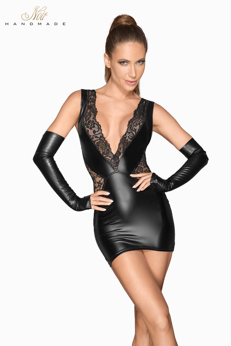 Petite robe courte en wetlook et dentelle zippée dans le dos