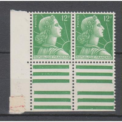 France - Marianne de Muller - yvert. 1010 en paire bord de feuille neuf ** - Cote €8