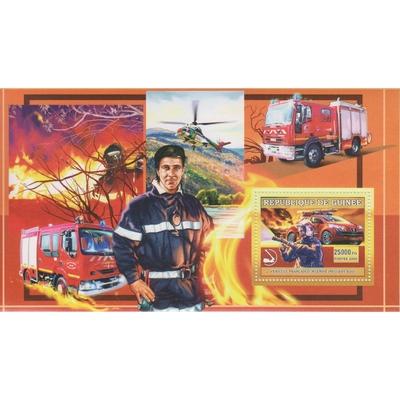 Guinée - Pompiers - Feuillet de 2006 neuf **