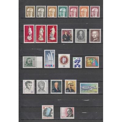 Berlin - Sélection de timbres neufs ** des années 70 - Cote €32