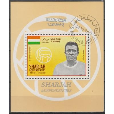 Sharjah - Footballeur - Feuillet oblitéré de 1968