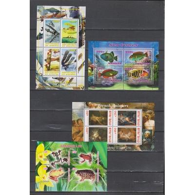 Collection de 13 feuillets thématiques neufs ** (5 photos)